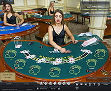 Un tavolo blackjack disponibile sul casinò live Titanbet