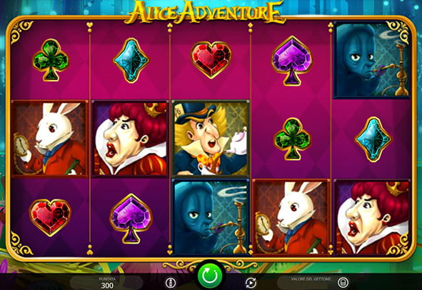 I rulli della slot machine Alice Adventure prodotta dalla software house iSoftBet.