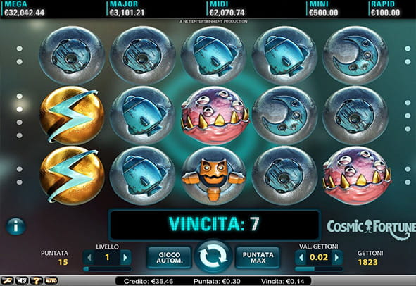 L'interfaccia grafica della slot Cosmic Fortune di NetEnt.