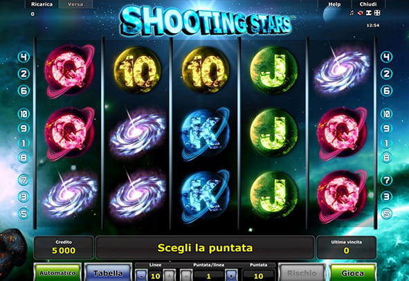 L'interfaccia grafica della slot machine online Shooting Stars di Novomatic.